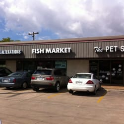 Fountain view fish market 67 photos seafood galleria for Fountainview fish market