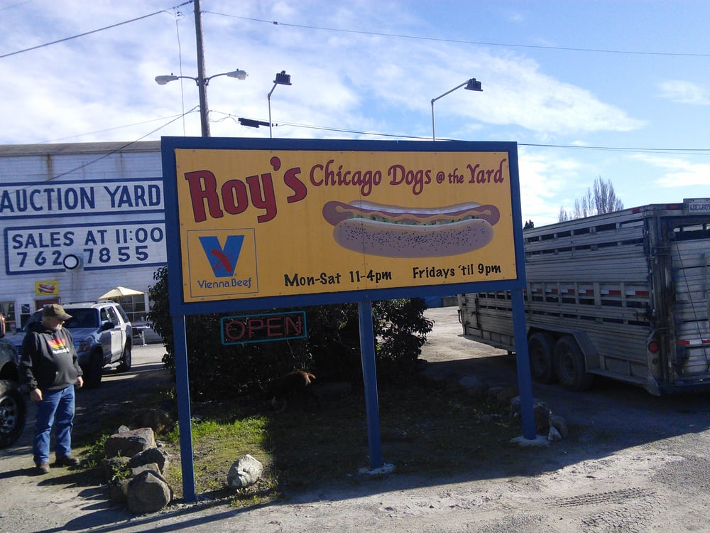 Roy S Chicago Doggery 94 Photos Hot Dogs Petaluma Ca United States Reviews Yelp