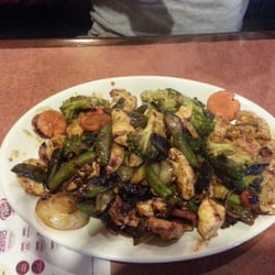 Bd s mongolian grill 33 photos chinese restaurants for Asian cuisine columbus ohio