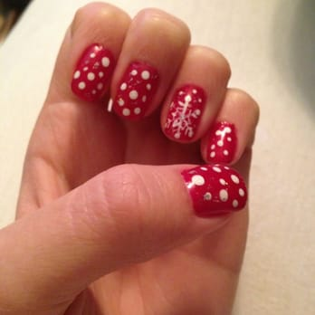 Gel manicure with Christmas design