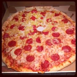 Gina s pizzeria 15 reviews pizza sunset park for Pizzeria gina st priest menu