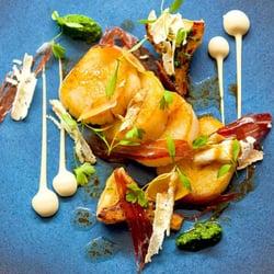 Seared Scallops with Iberico Ham