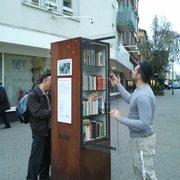 Offener Bücherschrank, Frankfurt, Hessen