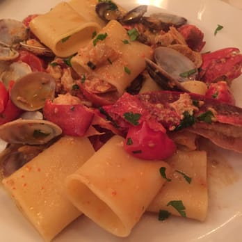 Sabbia d'Oro - Milan, Italy. Paccheri with Lobster and clams