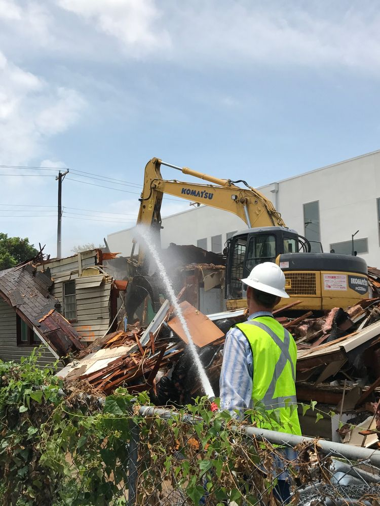 Billy L. Nabors Demolition: 2802 N Highway 175, Seagoville, TX