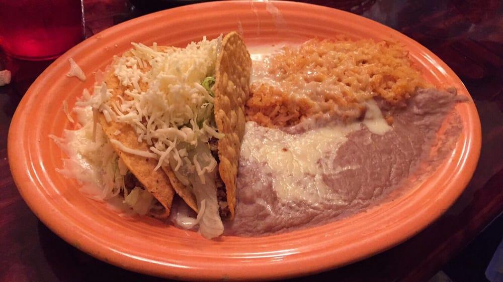 Puerto Vallarta Mexican Restaurant & Cantina: 4000 N Broadway Ave, Muncie, IN
