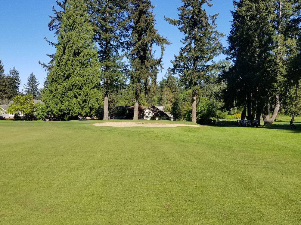 Kitsap Golf & Country Club: 3885 NW Golf Club Hill Rd, Bremerton, WA