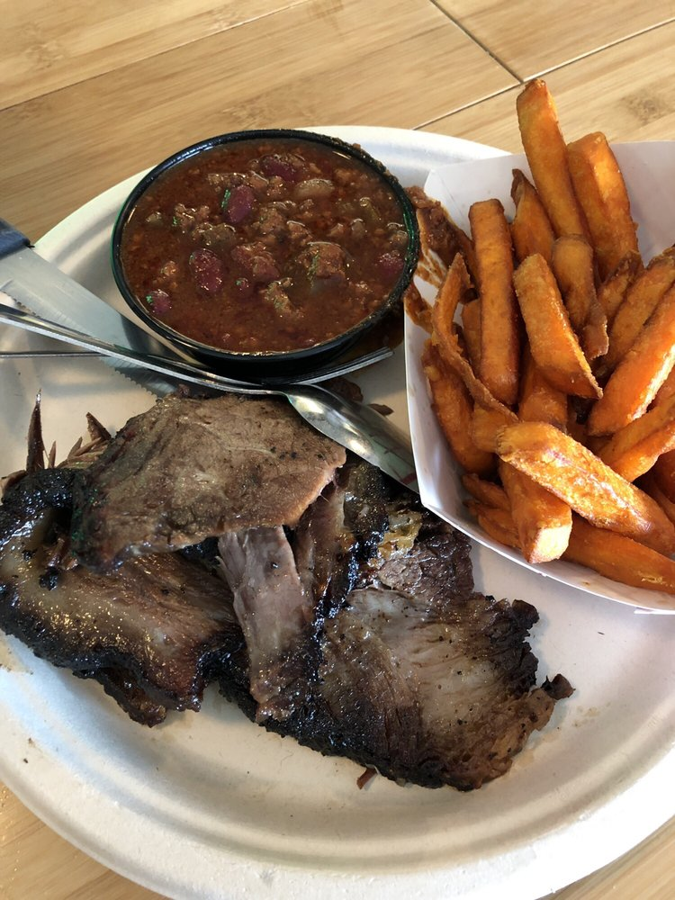 3 Legged Pig BBQ: 3415 Rochester Rd, Lakeville, NY