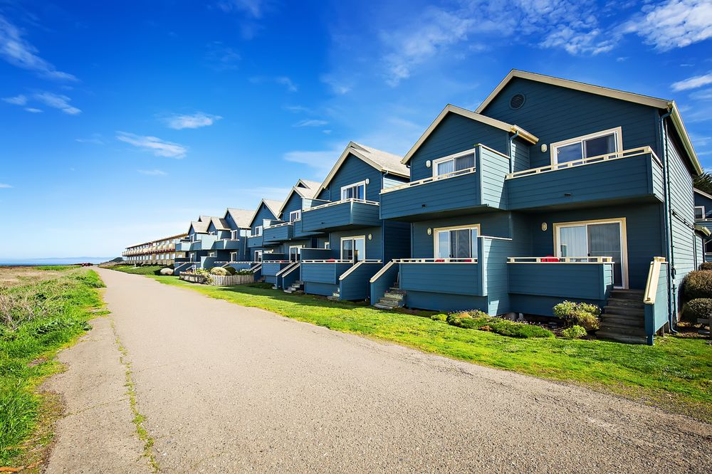 Surf and Sand Lodge: 1131 N Main St, Fort Bragg, CA