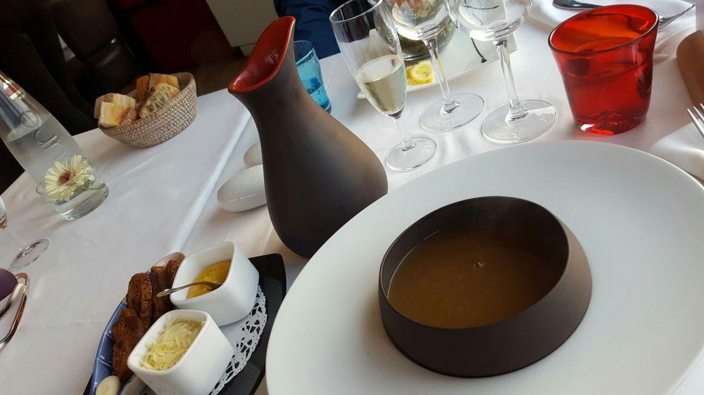 La table du mareyeur fischrestaurant 10 11 rue des - Restaurant la table du mareyeur port grimaud ...