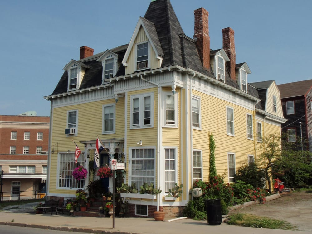 breakfast newport b stay to find inns breakfasts hero ri bs bed places and in