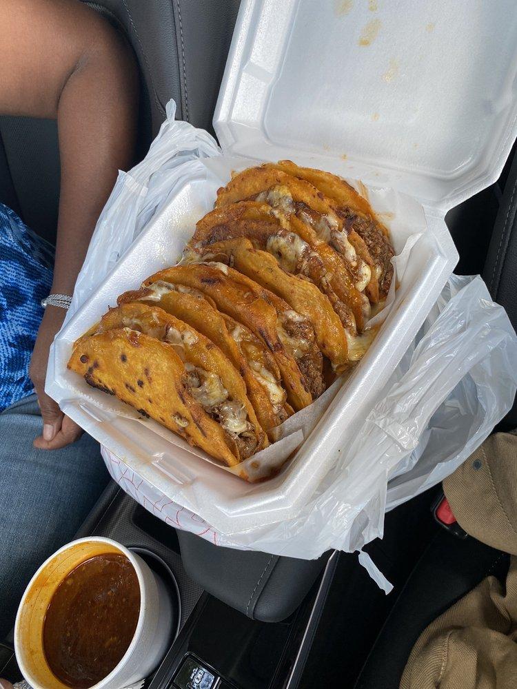 Birrieria Estilo Jalisco: 13327 Nacogdoches Rd, San Antonio, TX