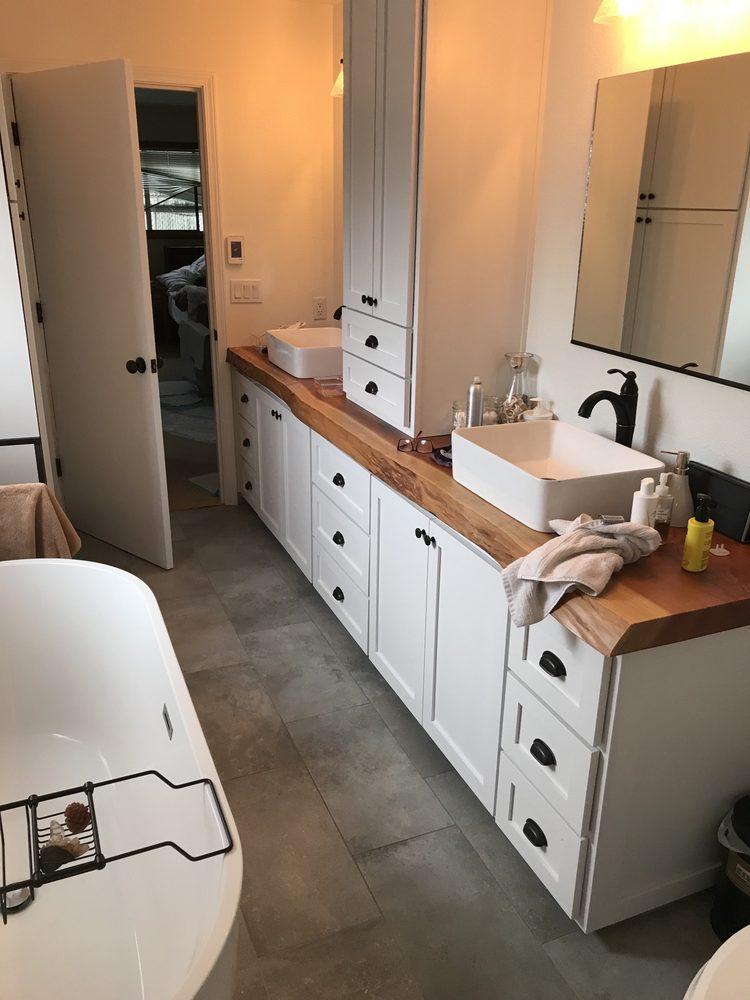 Home Disaster Construction Services: McKinleyville, CA