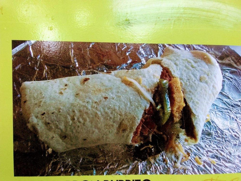 Candelarios Food BBQ: 247 East 8th, Raton, NM