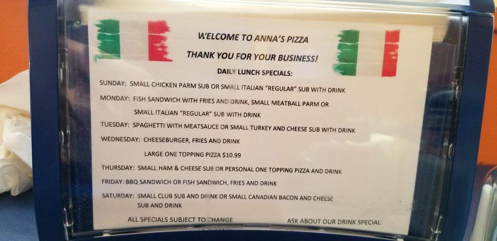 Anna's Italian Restaurant: 3040 King William Ave, West Point, VA