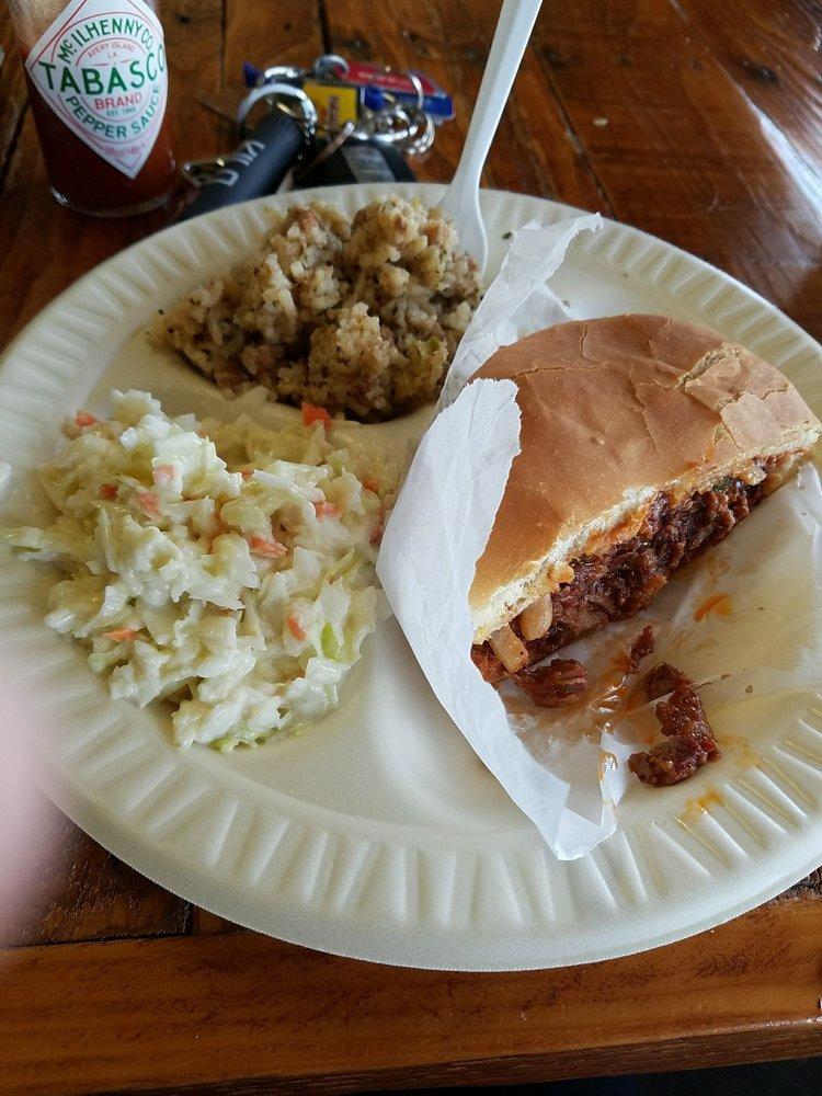 Butchers Korner: 1155 Boston Ave, Nederland, TX
