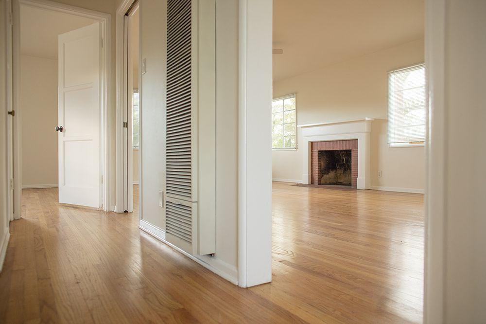 Classic Apartments: 614 N Glenoaks Blvd, Burbank, CA