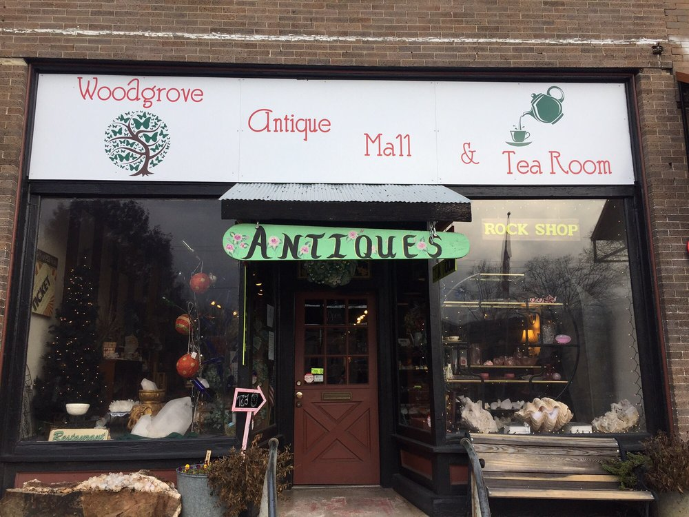 Woodgrove Antique Mall and Tea Room: 314 West Main St, Heber Springs, AR