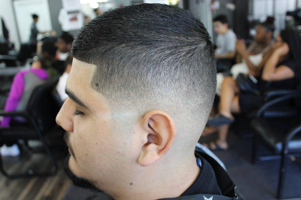 The Kingdom Barbershop 66 Photos 50 Reviews Barbers 10614 Se