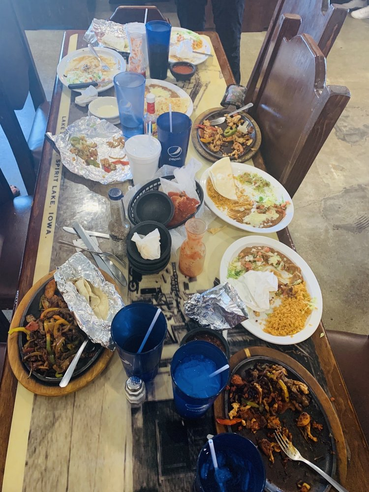 Los Lagos Mexican Grill And Bar: 2308 17th St, Spirit Lake, IA