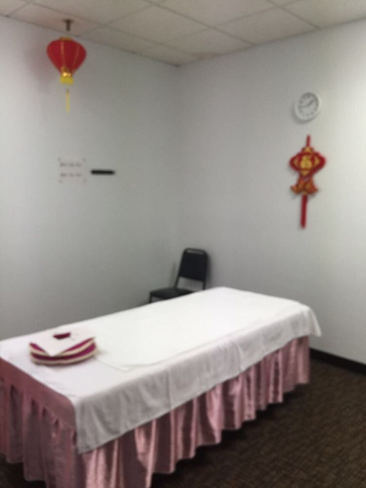 Grace's Massage Therapy: 720 Clearwater Ctr, Clearwater, MN