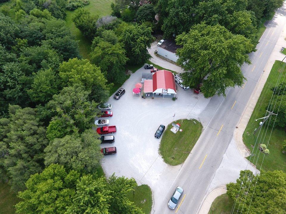 Sidney Dairy Barn: 311 W Main St, Sidney, IL