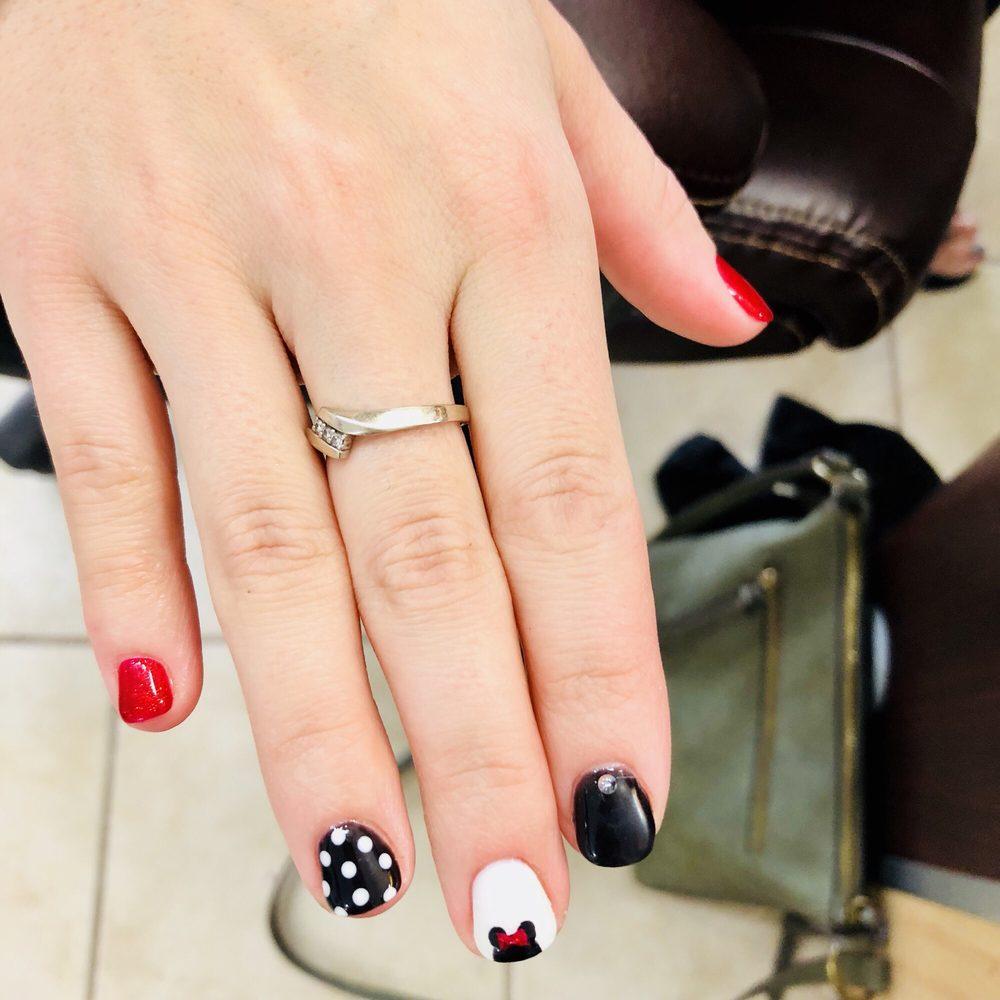 Suri Nails: 115 Wagner Rd, Monaca, PA