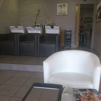 Sixi me sens coiffeurs salons de coiffure 29 chemin - Salon de coiffure sens ...