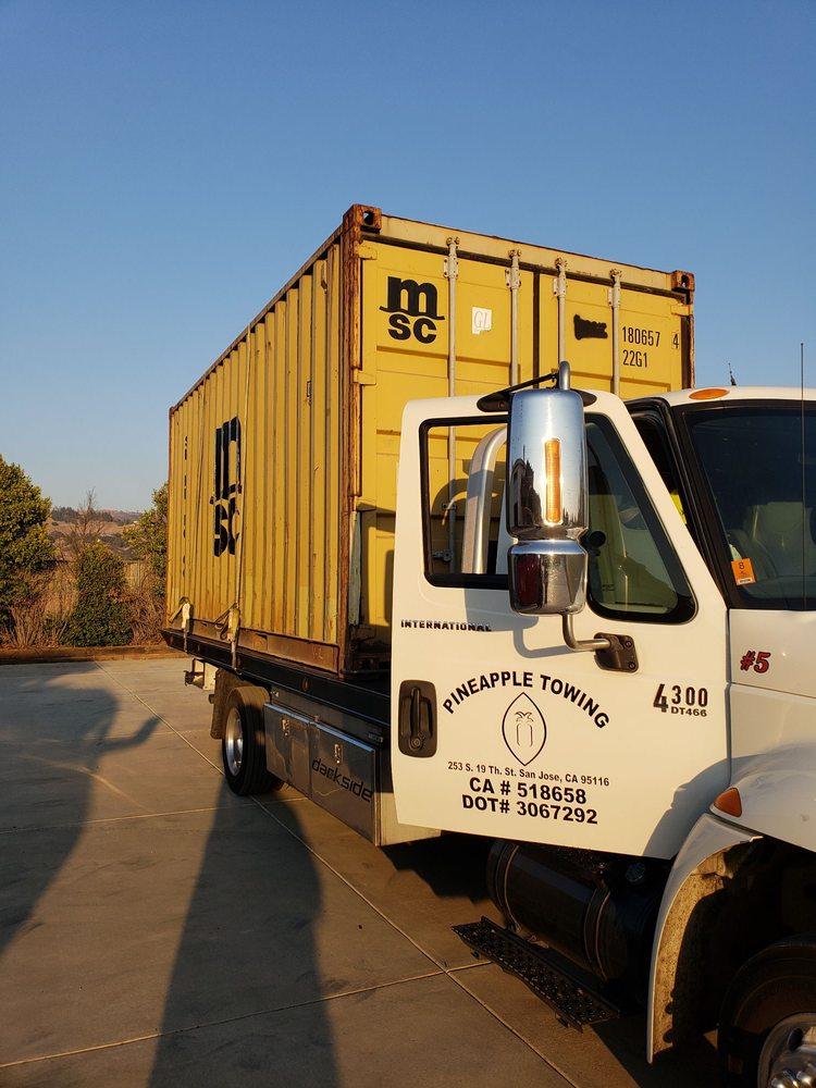 Towing business in Los Altos Hills, CA