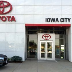 toyota of iowa city 12 photos 12 reviews car dealers 1445 hwy 1 w iowa city ia phone. Black Bedroom Furniture Sets. Home Design Ideas