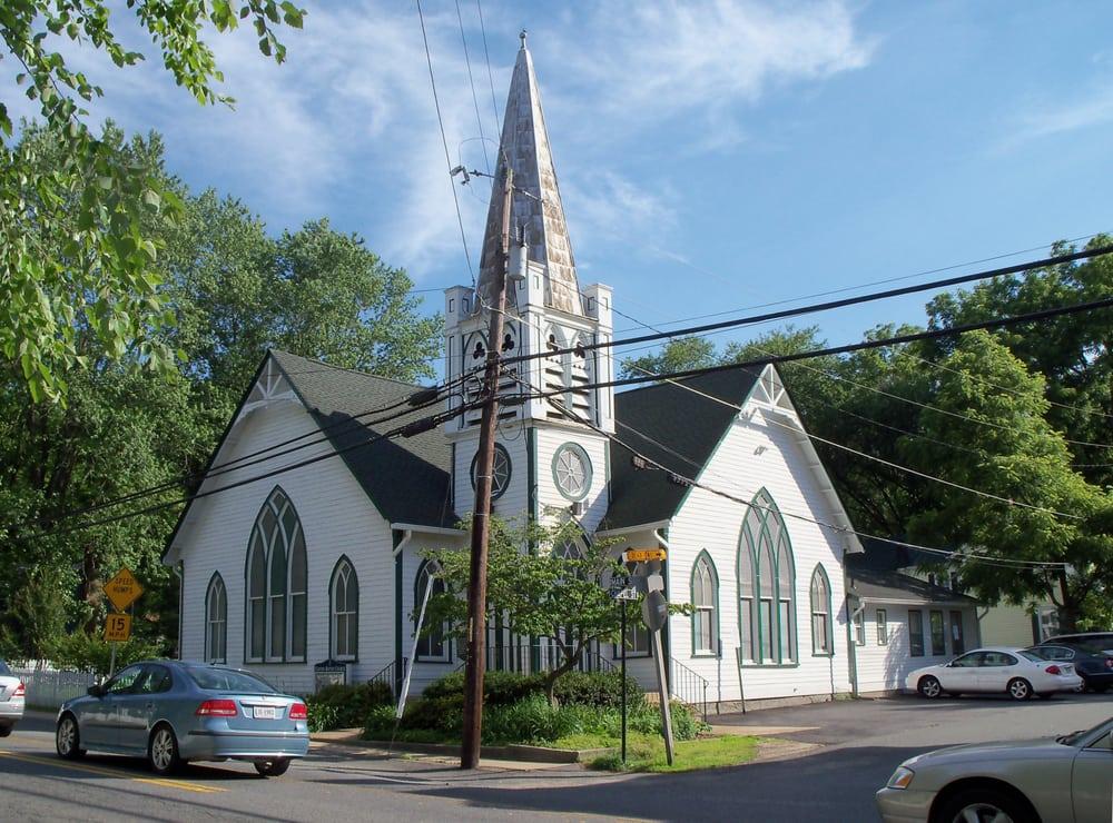 Clifton Baptist Church: 7152 Main St, Clifton, VA