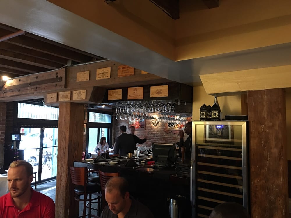Restaurant Rebirth 225 Photos 103 Reviews Cajun Creole Lower Garden District New