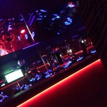 Italia latina strip clubs