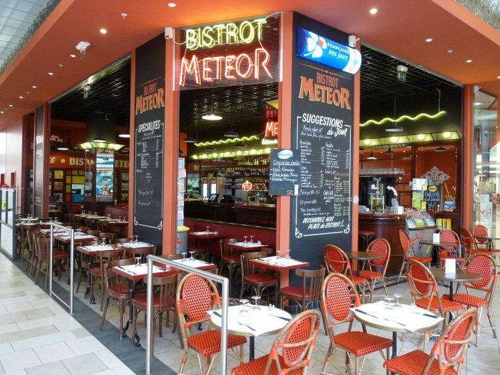brasserie meteor restaurants 40 journaux le lac bordeaux restaurant avis num ro de. Black Bedroom Furniture Sets. Home Design Ideas