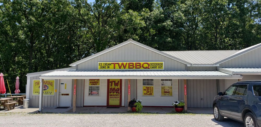 TW Barbecue: 13900 Hwy 7, Warsaw, MO