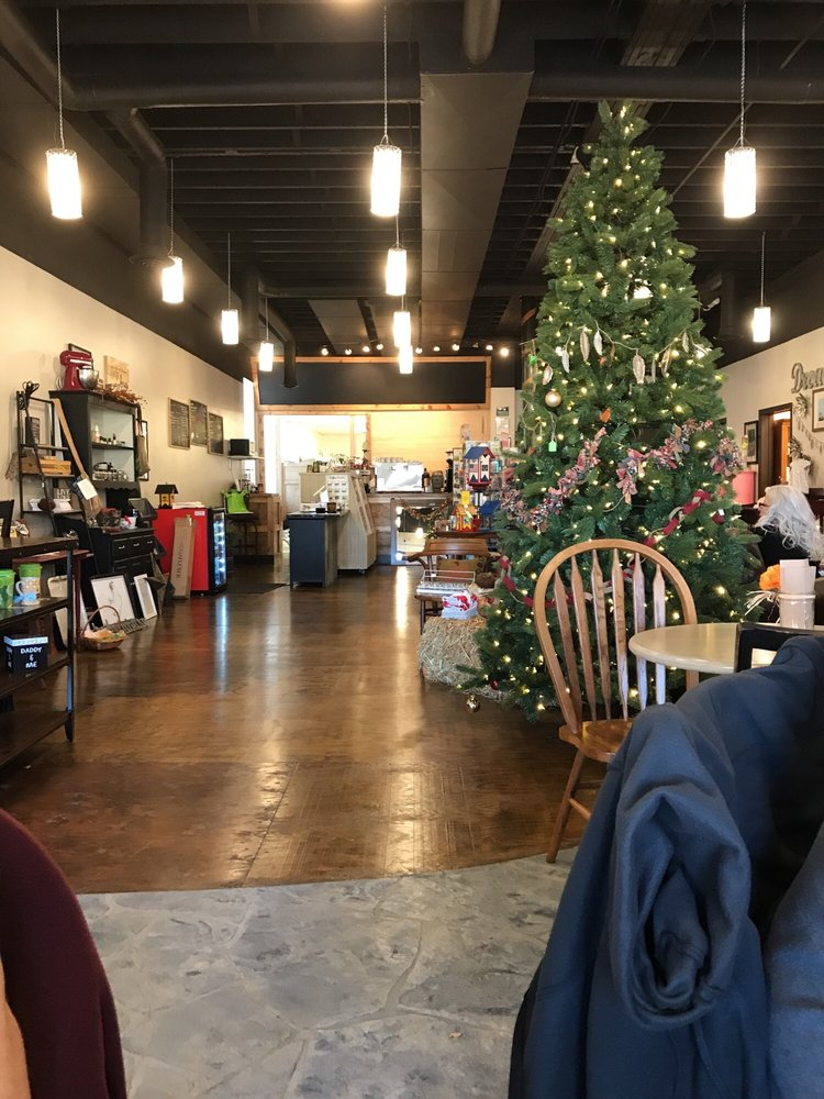 Crafty's Coffee & Gifts: 102 W Main St, Panora, IA