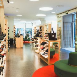 4456cd5a2b2e49 Mephisto - 16 Photos - Magasins de chaussures - 19 rue Voltaire, Hôtel de  Ville - Quinconces, Bordeaux - Numéro de téléphone - Yelp