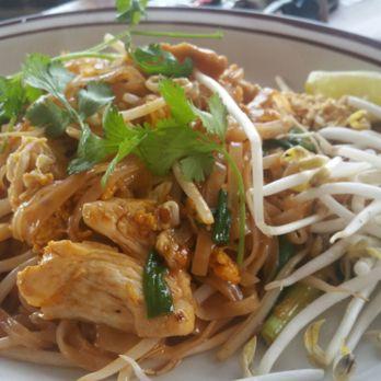 Carissa l 39 s reviews seattle yelp for Ar roi thai cuisine