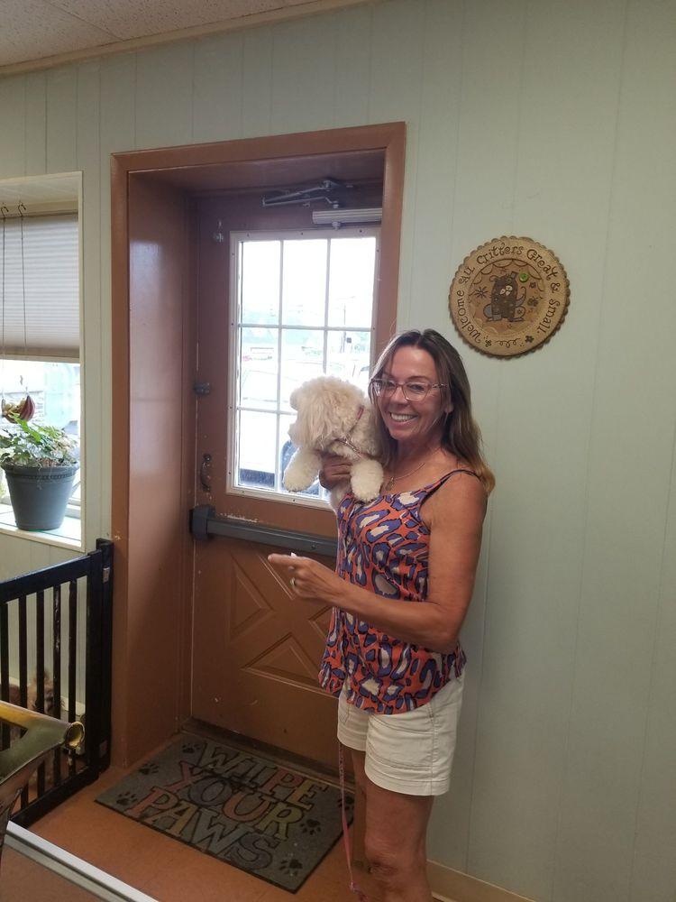 Joanie's Puppy Palace: 3125 W Tilghman St, Allentown, PA