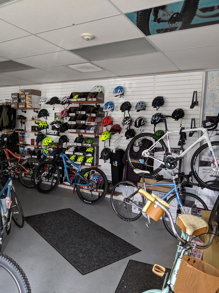 Blackstone Bicycles: 391 Mendon Rd, Cumberland, RI