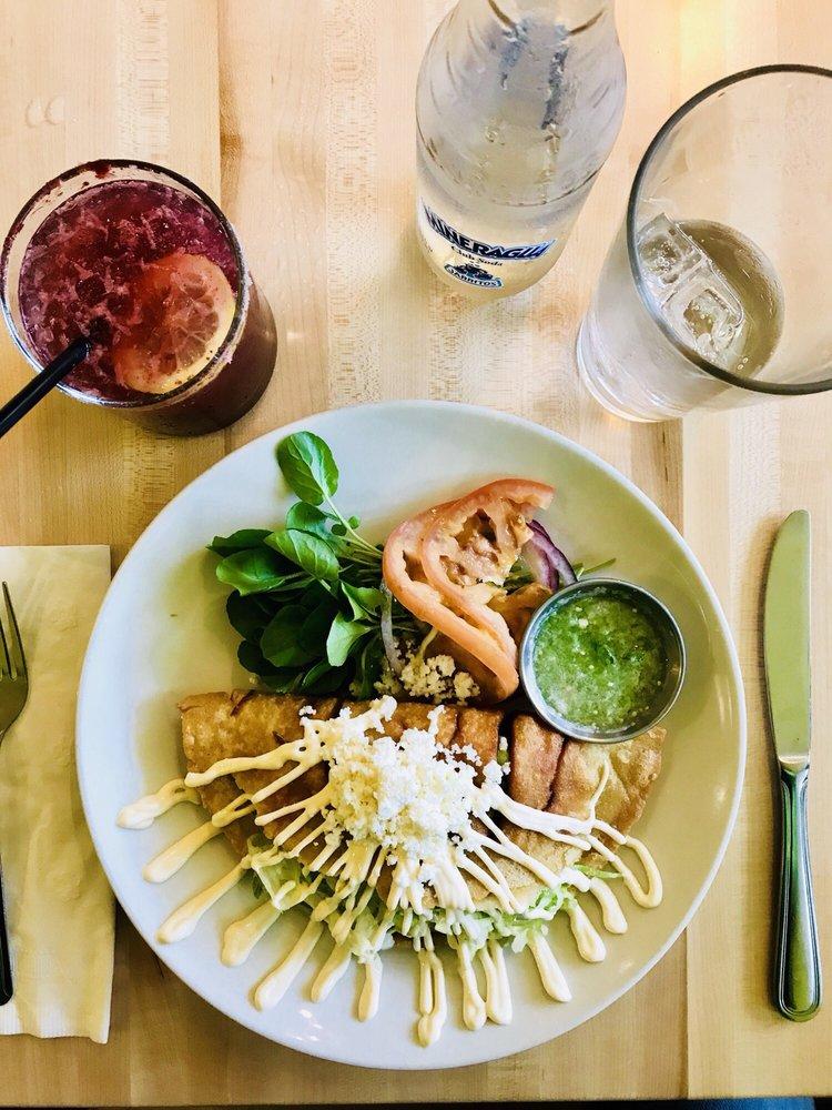 El Aguila Mexican Cuisine
