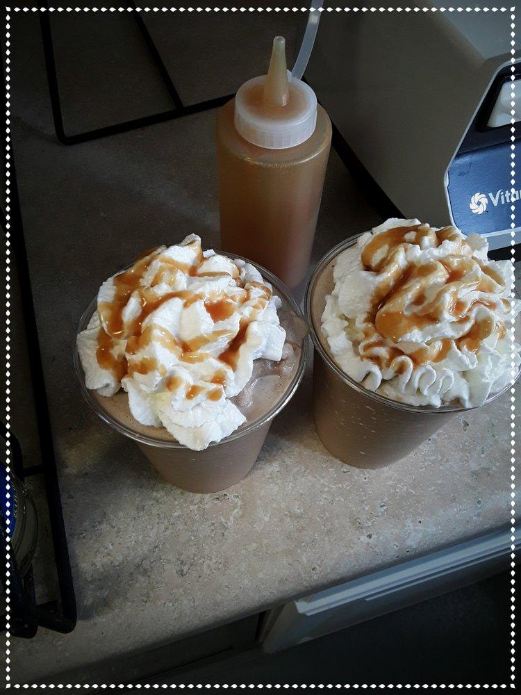 Ocean Boulevard Coffee: 132 Ocean Blvd W, Holden Beach, NC