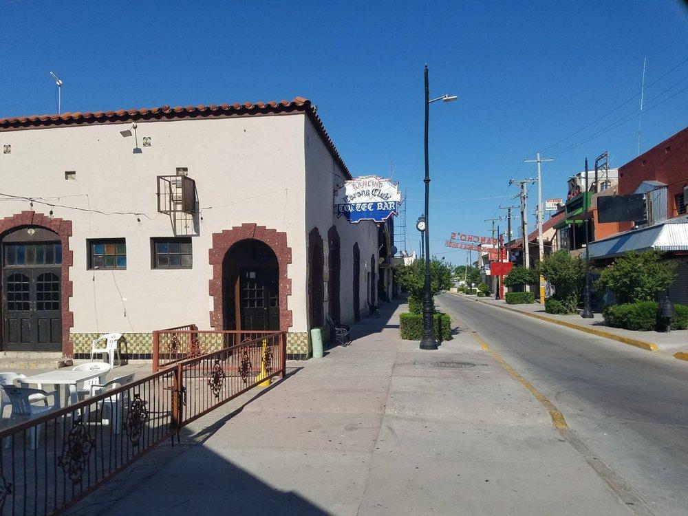 Corona Club: Miguel Hidalgo 200, Ciudad Acuña, COA