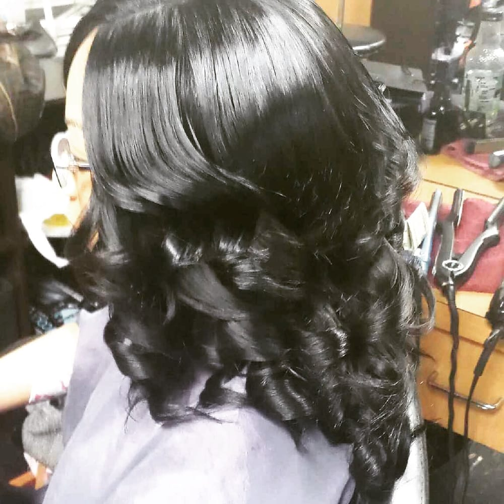 Sheldeez Beauty Salon: 1110 Elden St, Herndon, VA