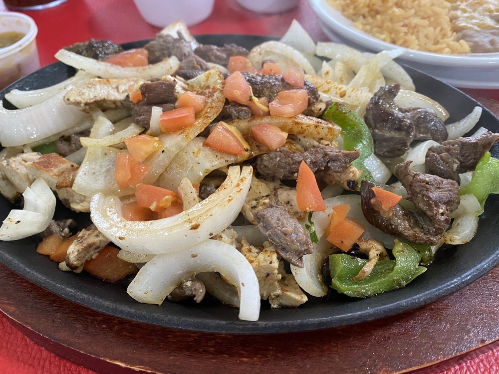 Polo's Mexican Cafe: 1213 Fort Worth Hwy, Weatherford, TX