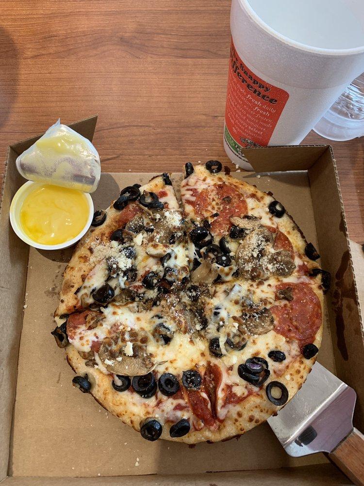 Snappy Tomato Pizza: 111 E Main St, Springfield, KY