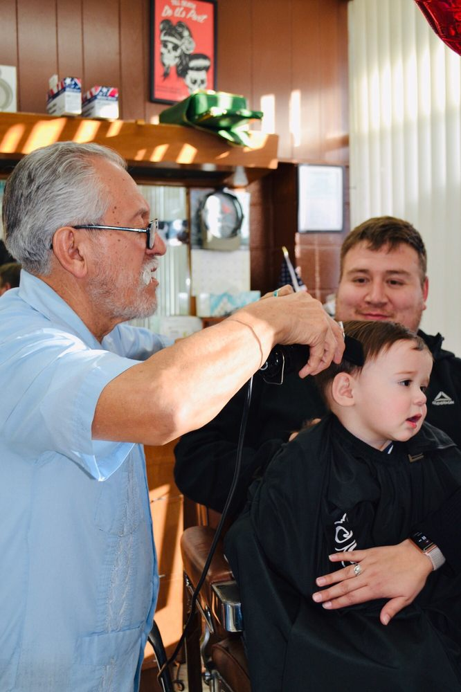 Randy's Barber Shop: 1439 Wyoming Blvd NE, Albuquerque, NM