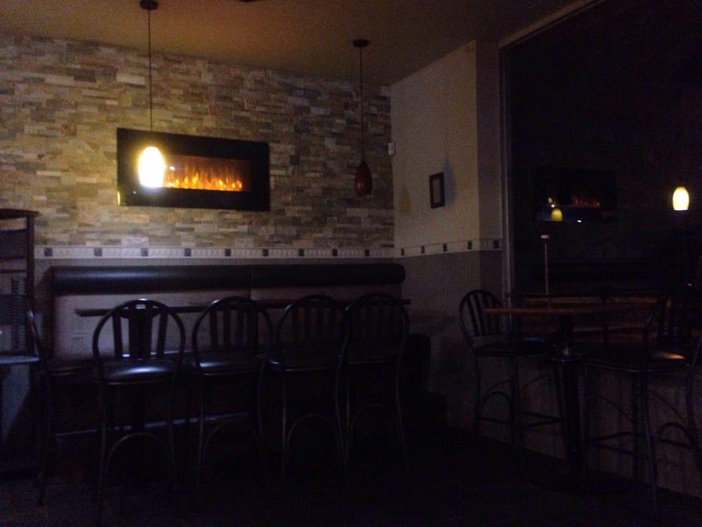 Marina's Pizza & Sports Bar