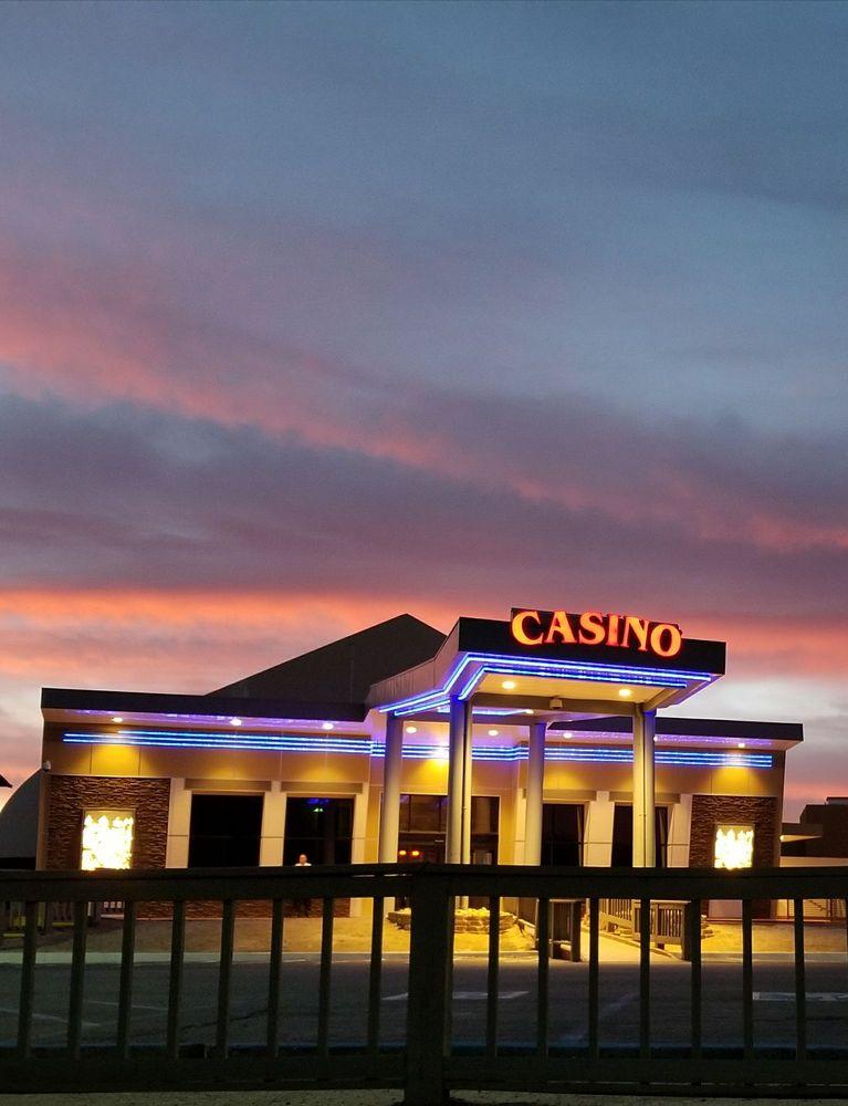 Cahuilla Casino Hotel: 52702 Hwy 371, Anza, CA