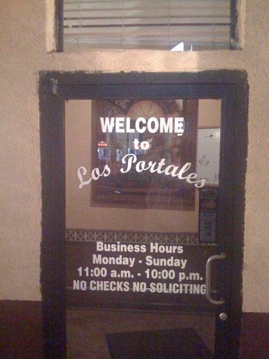 Los Portales Mexican Restaurant: 408 W Church St, Lexington, TN